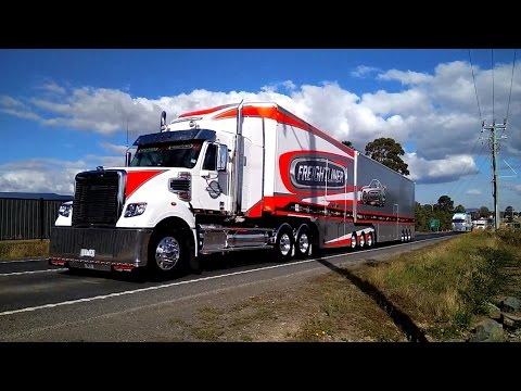 V8 Supercars Transporter parade Perth and Launceston 2017