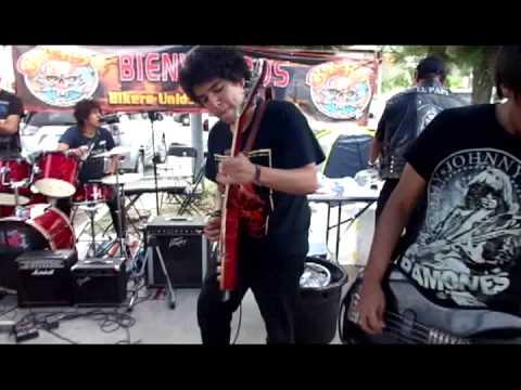Grupo de rock obsesion, en Leon Guanajuato