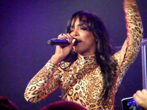 Kelly Rowland - When Love Takes Over/Clocks (Live at the PC Richards Theater in TriBeCa) mp3
