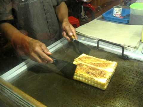 Roti Bakar Bandung - YouTube