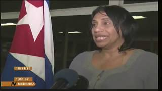 Médicos cubanos voltam a Cuba e dizem que Bolsonaro não se interessa pela saúde dos brasileiros