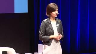 Chega de Fiu Fiu! Cantada não é elogio | Juliana de Faria | TEDxSaoPaulo