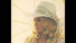 Watch Tammy Wynette Right Here In Your Arms video