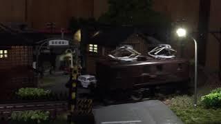 昭和の鉄道模型を作る.照明ユニット設置。