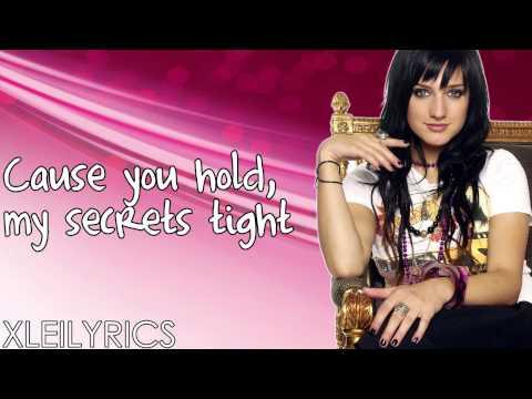 Ashlee Simpson -  La La (Lyrics Video) HD