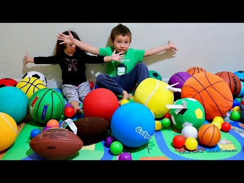 Toddlers Learn Colors with a Lot of Sports Balls - Fun Learning Activity for Preschool Kids