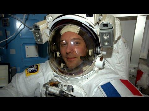 VIDÉO - Thomas Pesquet donne un cours de sport dans l'espace