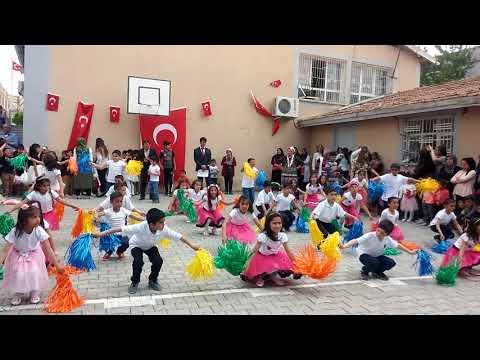 23 Nisan dans gösterimiz ''Pump it'' :) ... Ayran Atatürk İlkokulu..3/A sınıfı..Birecik/Şanlıurfa