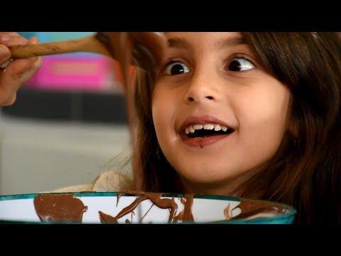 حسين و زينب - شوكولاتة | Hussein and Zeinab's song: Chocolata