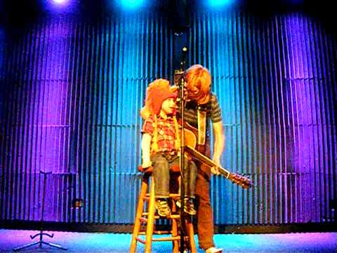 brett dennen and sammy silverwatch make you crazy at tupelo music hall londonderry nh 11 21 11. Black Bedroom Furniture Sets. Home Design Ideas