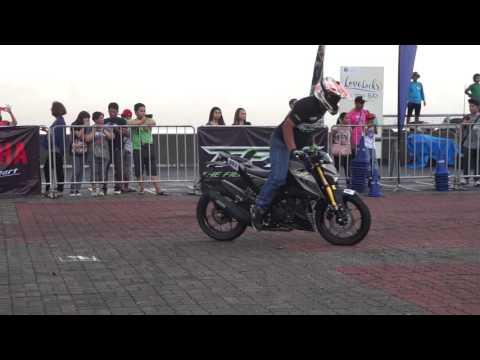 Yamaha TFX 150 Stunt Show 1