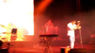 Sirvan Khosravi Live in Concert- To khial kardi beri-28 july 2011