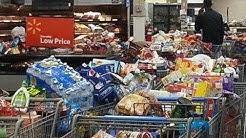 Hoodboogers go crazy at Walmart over food stamp glitch