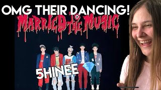 DANCING MACHINES ? SHINee 샤이니 'Married To The Music' Perform…