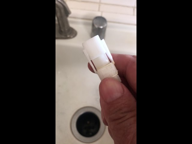 how to remove delta faucet spray hose