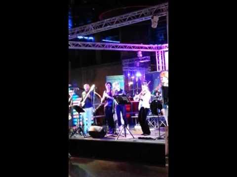 Ballo, liscio, violino, valzer!