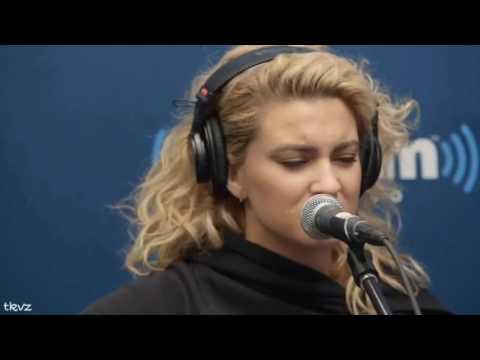 Tori Kelly Best Singing Vines