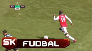 Magičan Dribling Pepea na Meču Arsenal - Barnli   SPORT KLUB FUDBAL