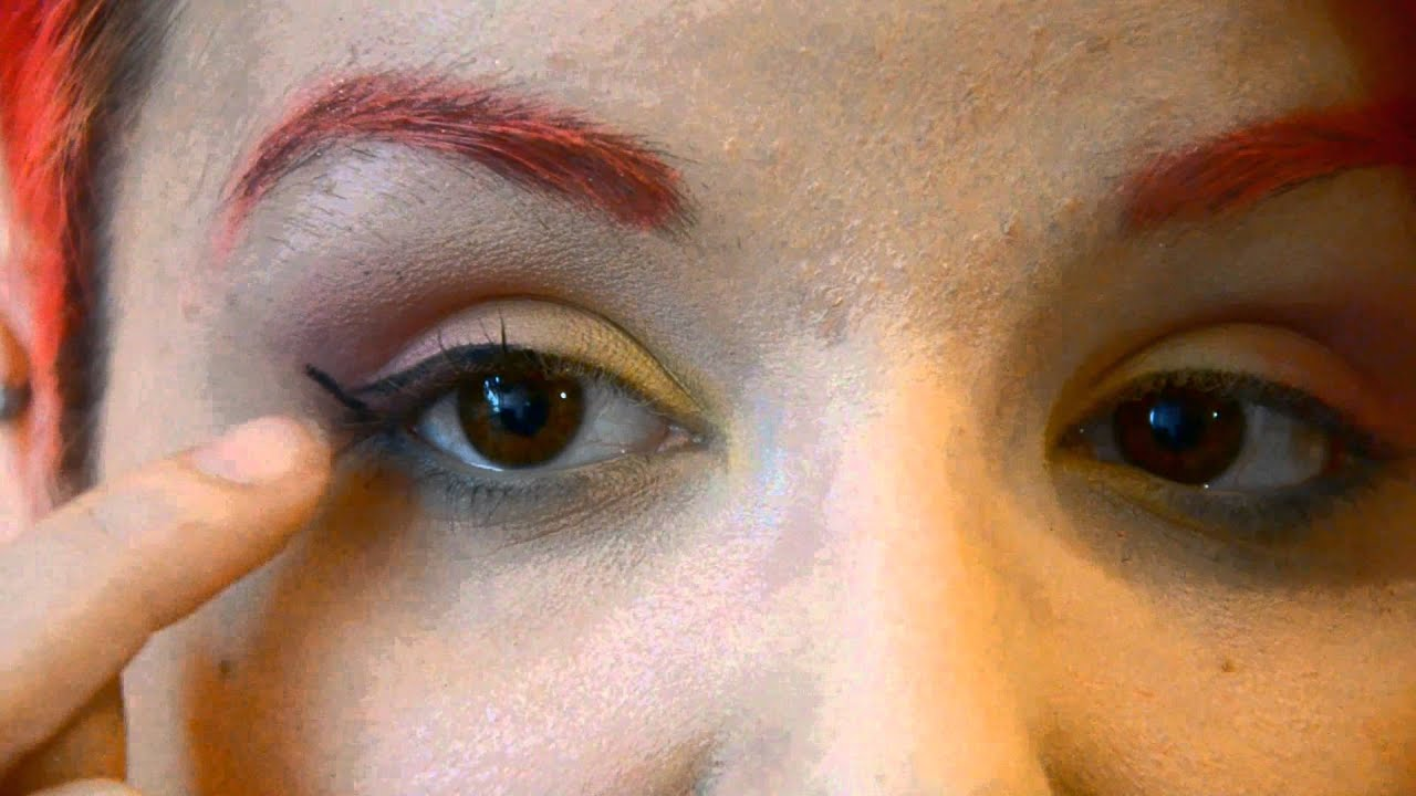 comment faire son trait d 39 eyeliner et l 39 adapter ses besoins application du mascara youtube. Black Bedroom Furniture Sets. Home Design Ideas