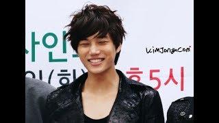 Download Video EXO Kai smiling on stage ♡ #엑소 카이_눈웃음_전력 ♡ #EXOKAI_EyeSmile_Power ♡ MP3 3GP MP4