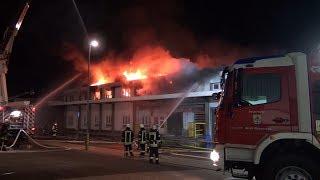 NRWspot.de | Neuenrade-Küntrop – Großbrand in Galvanik-Betrieb hält 250 Einsatzkräfte in Atem
