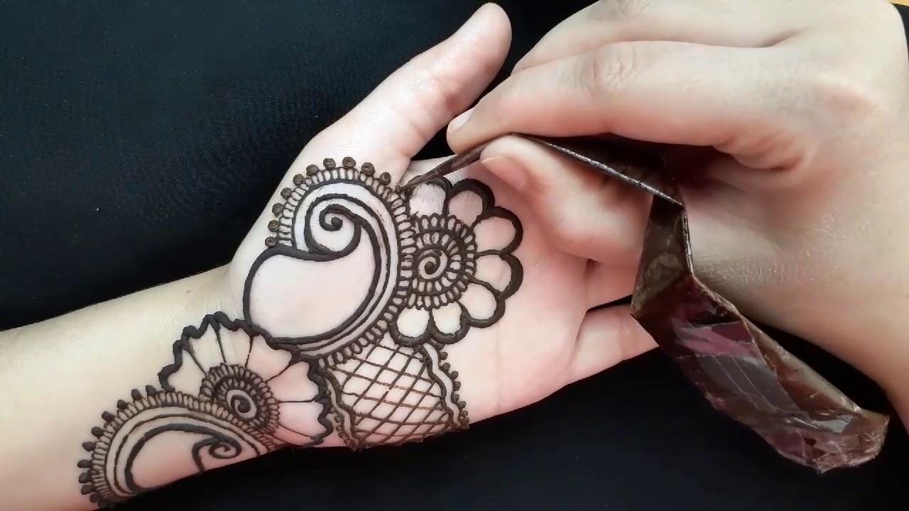 front hand easy mehandi designs for beginners