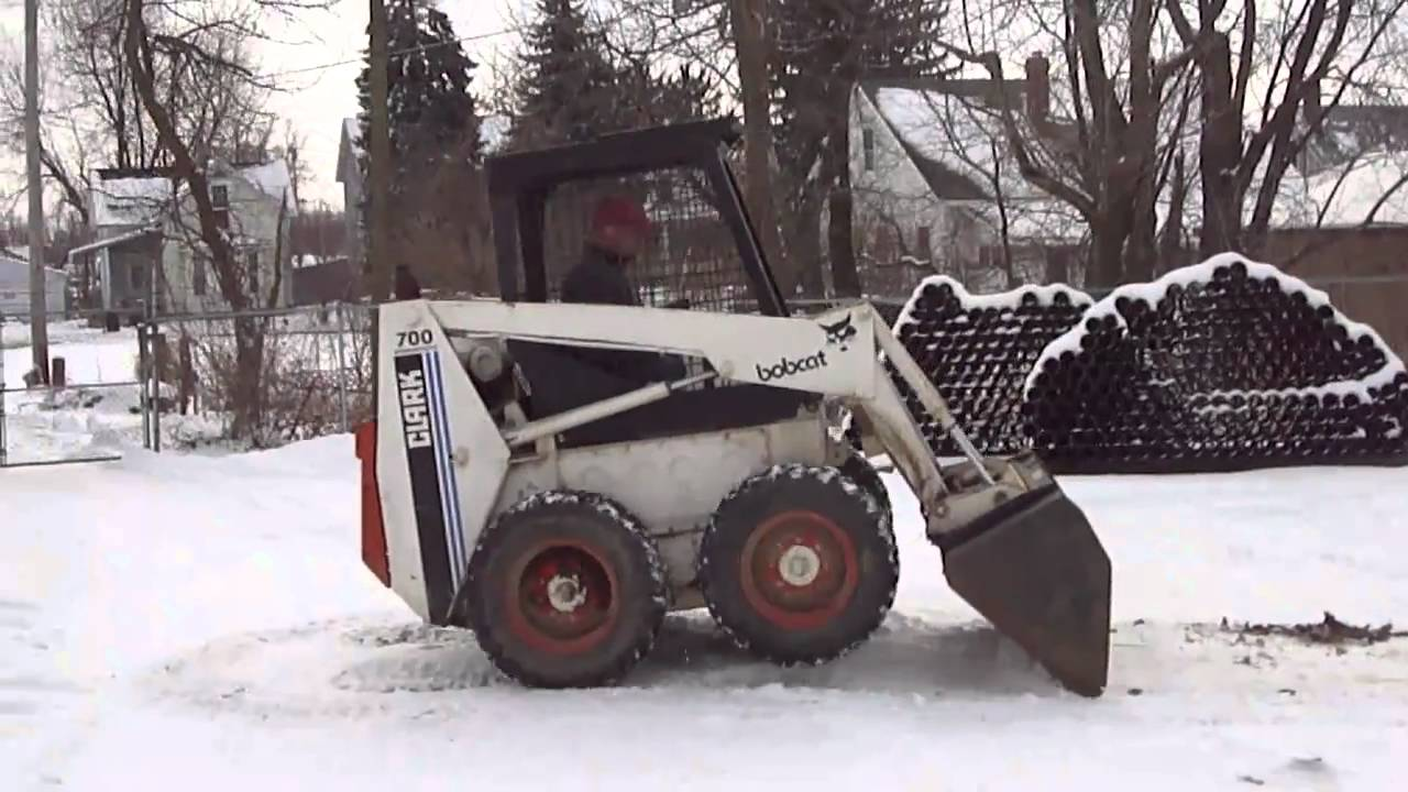 Hurleysequipment Com 700 Bobcat For Sale Skid Steer