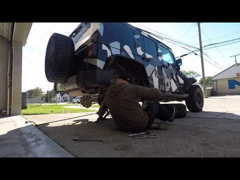 HOW TO INSTALL A 2.5 INCH LIFT KIT ON JEEP WRANGLER JK