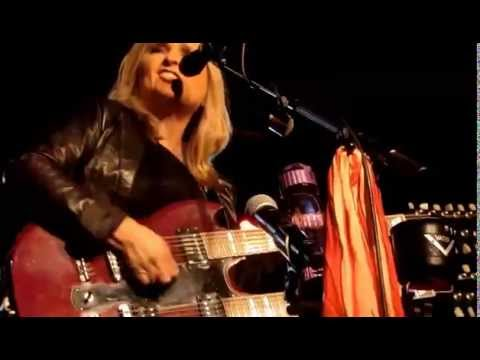 Melissa Etheridge live Berlin Astra 22_04_2015  Brave And Crazy