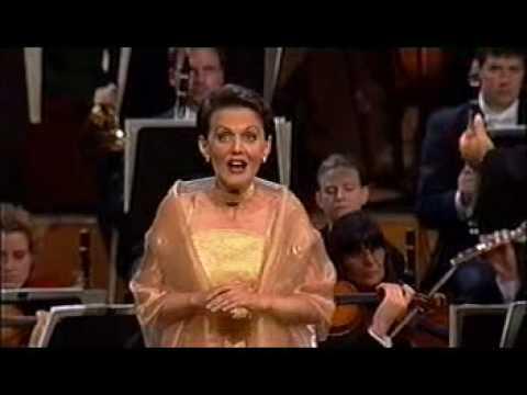 Olga Pasichnyk sings Gilda - Verdi, Rigoletto