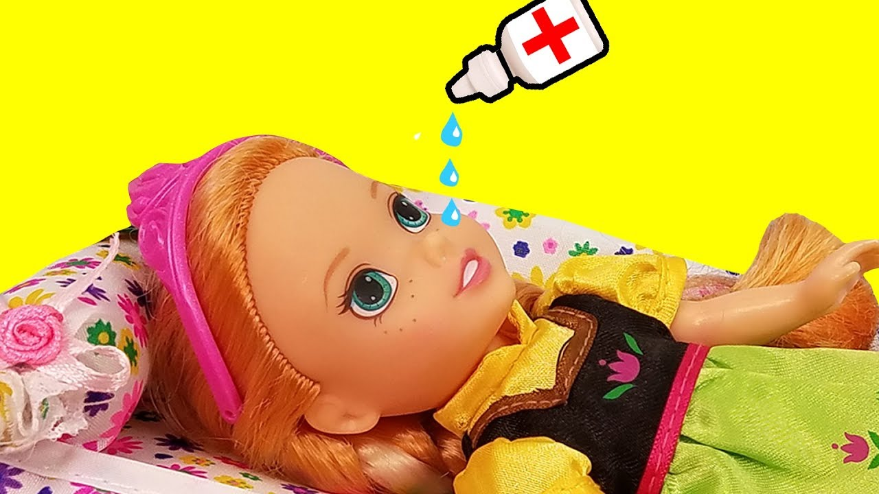 Download RUNNY NOSE ! Elsa & Anna toddlers - Little Anna is Sick - Afraid of Nose Drops - Sneezing