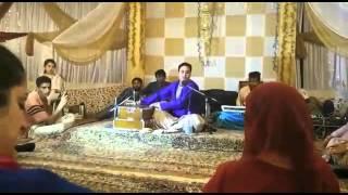 DAMA DAM MAST KALANDAR. RASHID JAHANGIR AT WARID RUTBA WEDDING. Kashmiri song