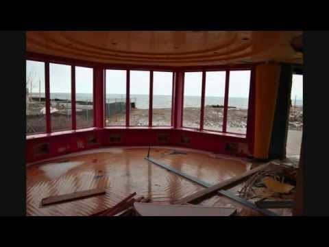 Lakefront Mansion Urban Exploration