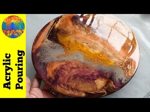 Acrylic Pouring Resin on a Vinyl Record with Mica Pigments