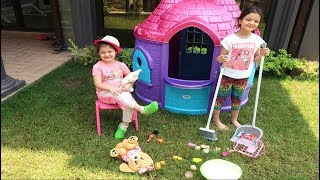 Elif Öykü and Masal Garden cleaning Pretend play with fun kid video