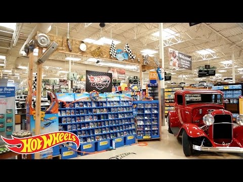 "Hot Wheels ""Make It Epic"" at Kroger Display Competition Finalist #1"