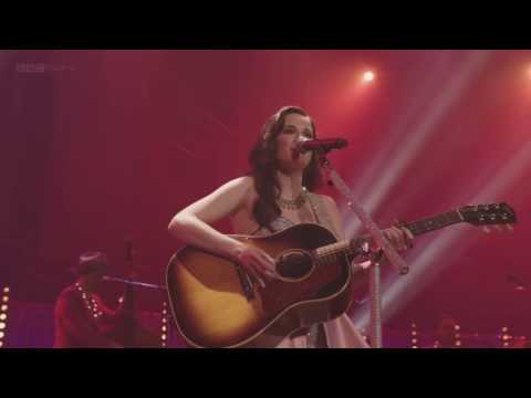 Kacey Musgraves- Biscuits (Live at Royal Albert Hall, London)