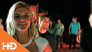 Танец Ронни на вечеринке у Виктории Лидс ✦ Спатели Малибу (2017)
