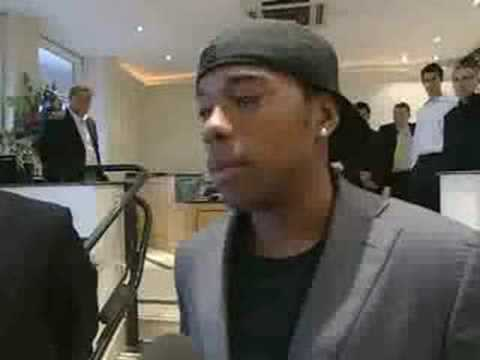 Sky Sports - Robinho delighted to be at City