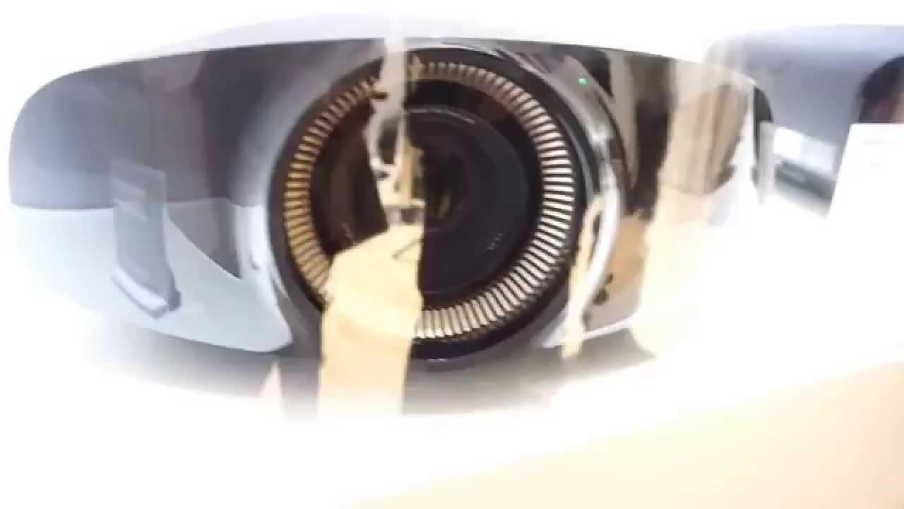 Sony VPL-VW320ES White