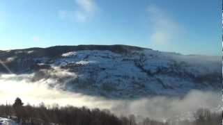 Le soleil du matin chasse le brouillard au dessus de La Bresse HD
