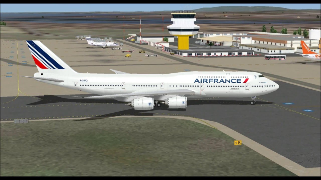 Boeing 747 8 series air france f giuq landing at faro for Interieur 747 air france
