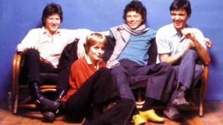 Talking Heads - Girlfriend Is Better(live 1983)