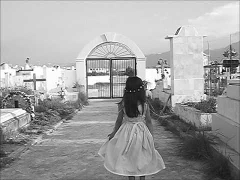 La niña del panteón de San Miguel de Apodaca  Taller de fotografía