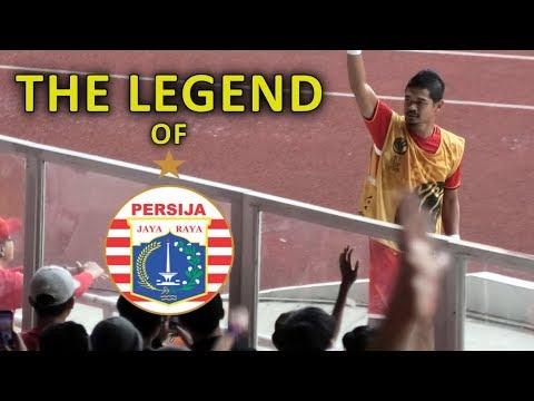 SALUT! Bambang Pamungkas Menghampiri The Jakmania - Persija Vs Ceres Negros AFC Cup 2019