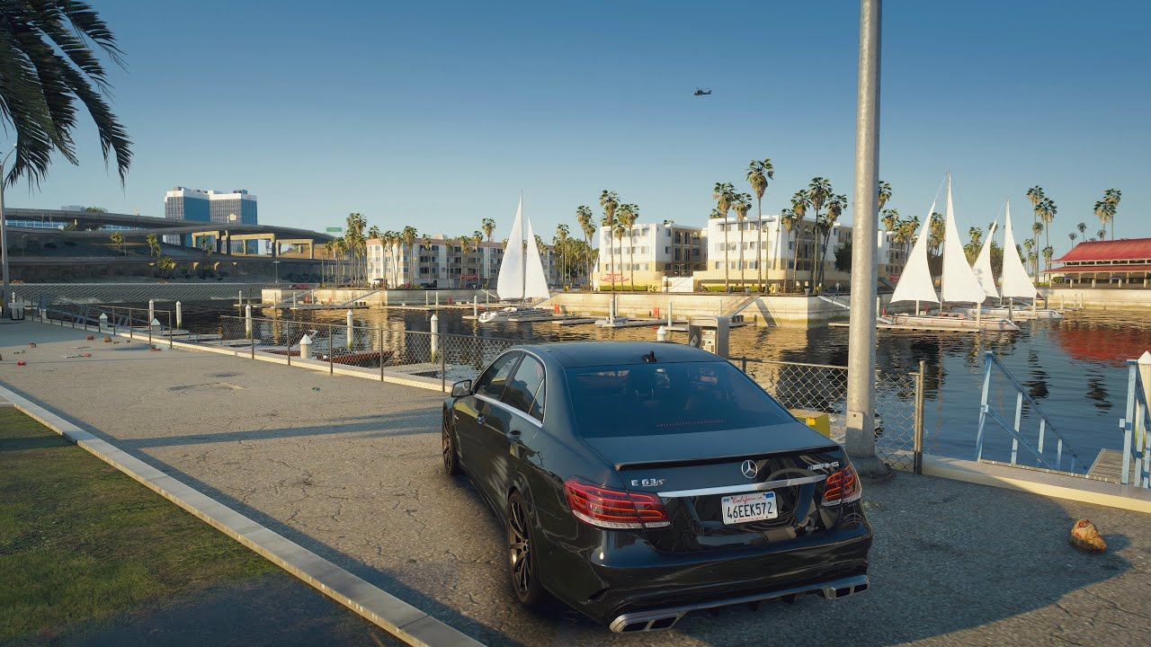GTA V in 2020 8K Graphics like a REAL-LIFE? Mercedes E63 AMG PC Gameplay