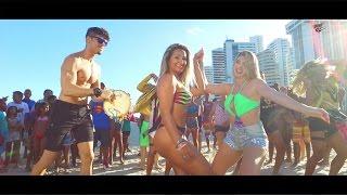 Repeat youtube video VAN VAN - TOCA TOCA - CLIPE OFICIAL