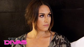 nikki bella arrives in dallas and meets brie bella total divas nov 16 2016