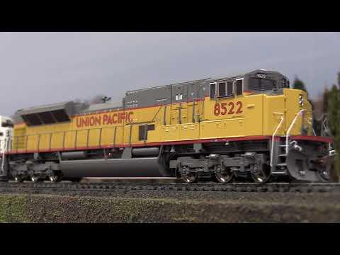Video Review Athearn Genesis SD90MAC-H Phase II W/DCC & Sound