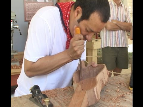 Ramon Gutierrez Hernandez - musician and string instrument maker of Veracruz, Mexico